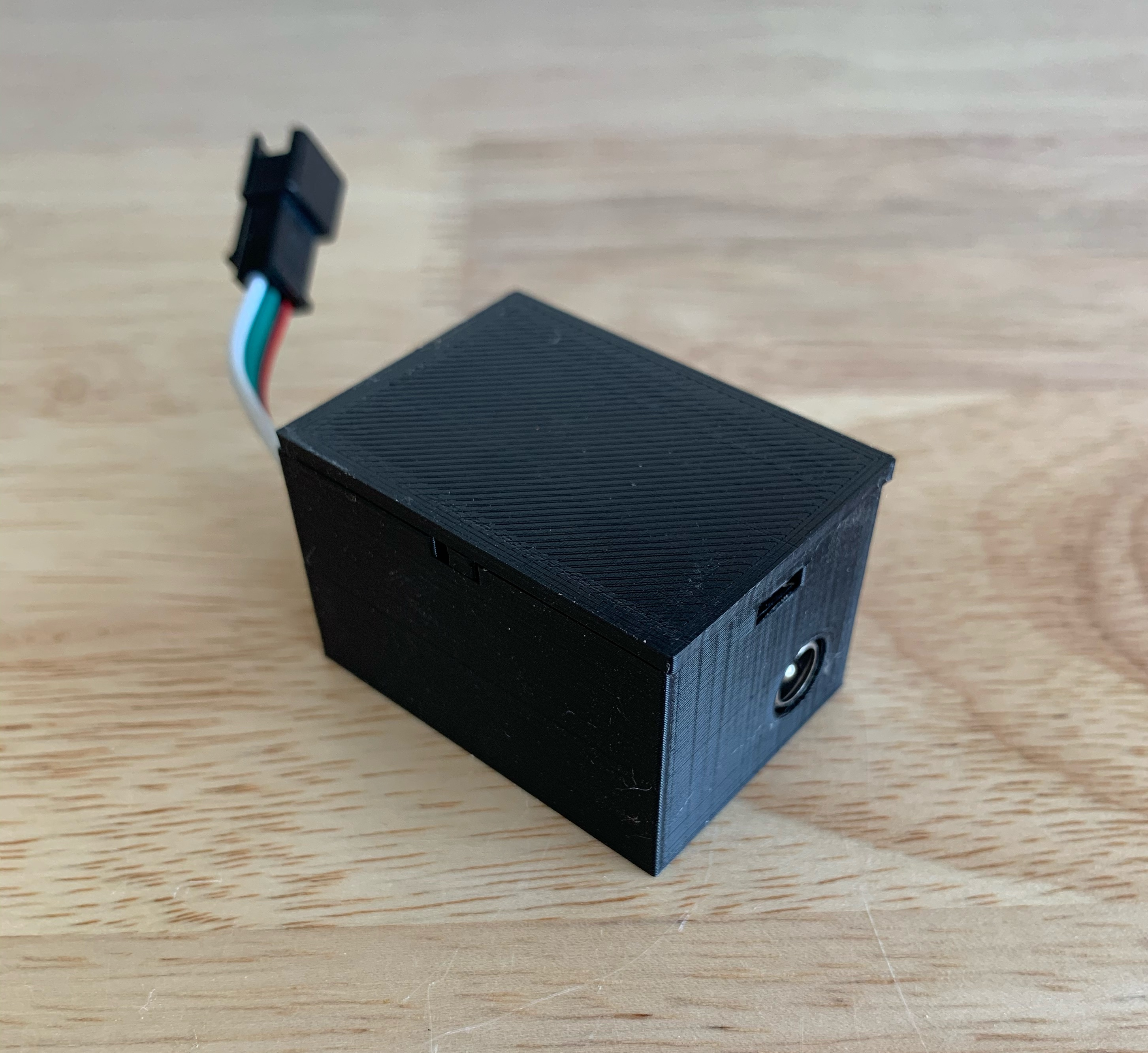Pre-soldered D1 Mini in 3d printed enclosure with top and barrel connector power